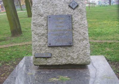 Pomnik w hołdzie Polakom ofiarom hitlerowskich represji w latach 1939-1945
