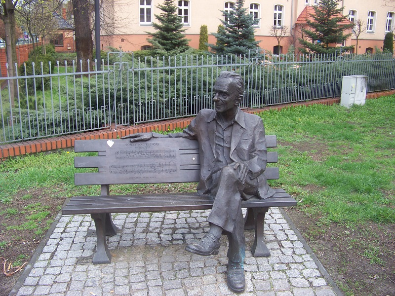 Roman Maciejewski - Kompozytor 1910-1998. Pomnik przy ul. Wałowej